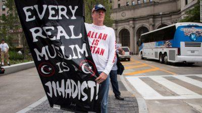 160921141929-anti-muslim-poster-file-super-169