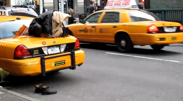 cabbie-prays-on-cab