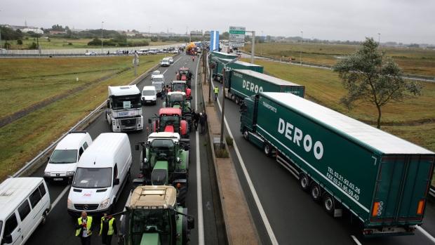 Truckers block Calais, France to demand closure of 'jungle' Muslim migrant camp