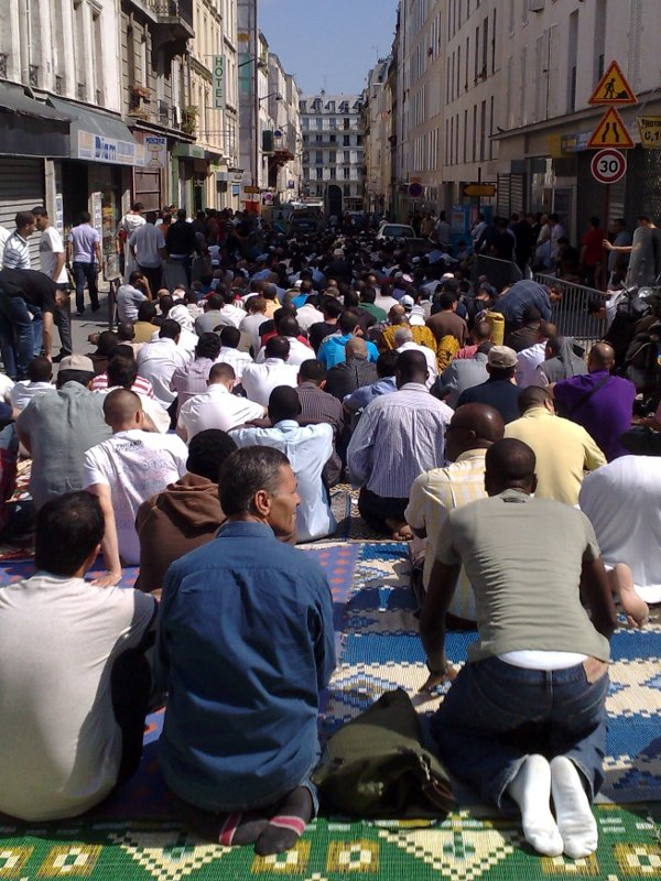 street-prayer-large