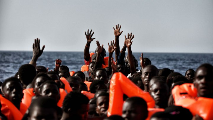 03102016_migrants_rescued