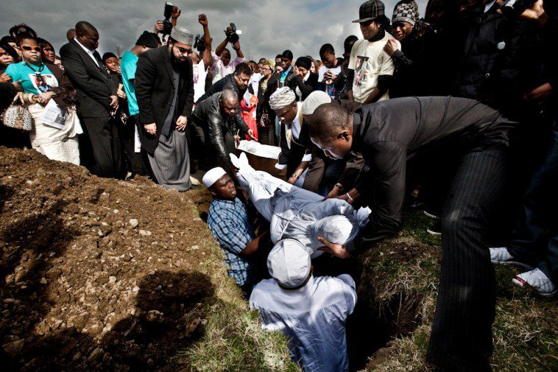 People are opposed to casket free Muslim burials which could contaminate the water supply