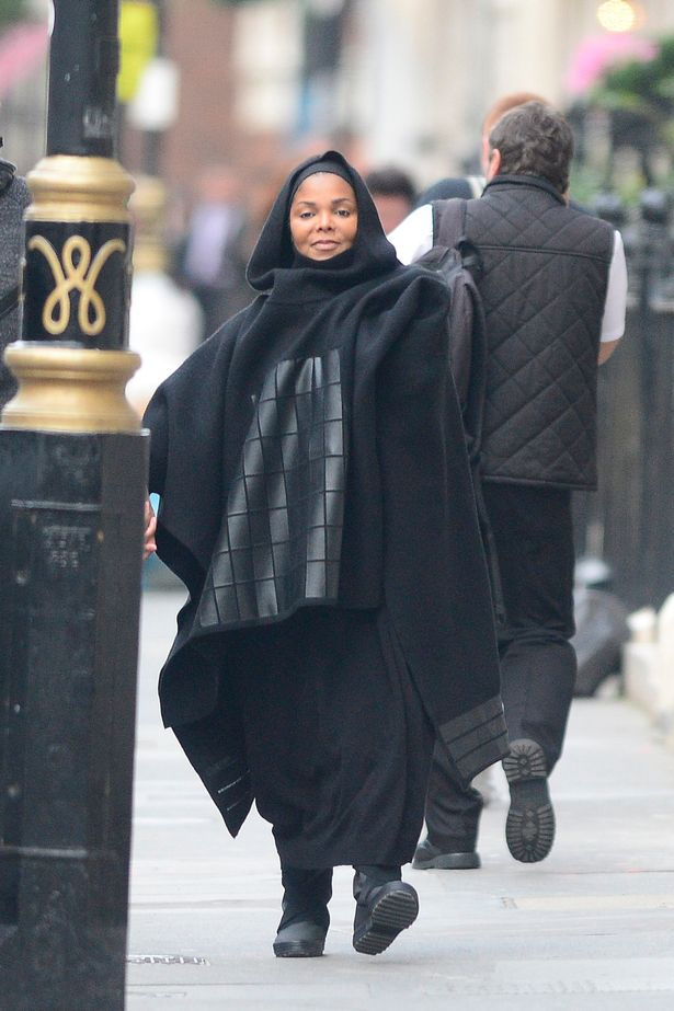 pay-heavily-pregnant-janet-jackson-2