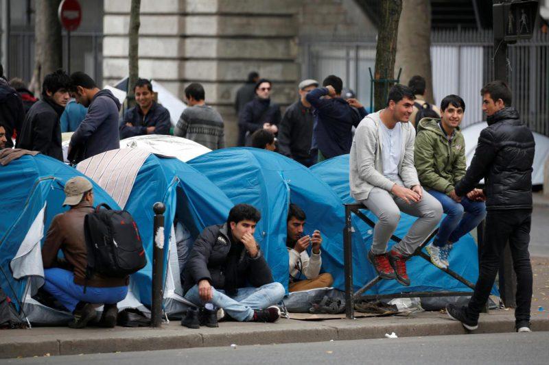 paris-stalingrad-migrant